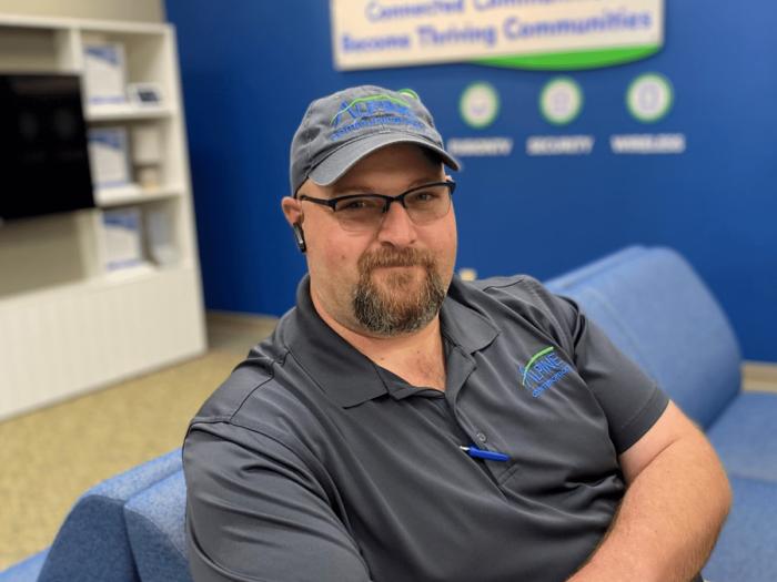 Alpine's Chris Boesker Broadband Technician